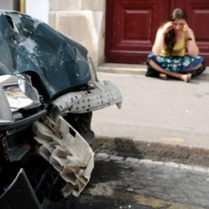 20668122-car-accident